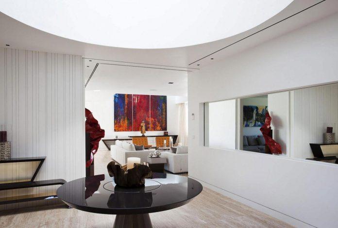 modern-s-v-house-located-seville-spain-cero-30