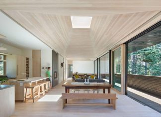Mork-Ulnes Architects design Troll Hus, a 5 bedroom ski cabin in Sugar Bowl Ski Resort