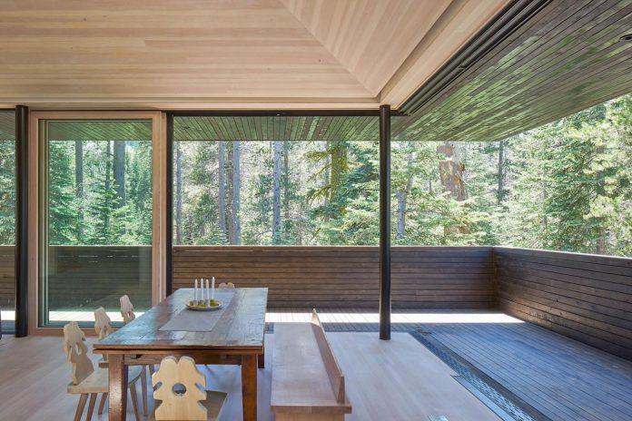 mork-ulnes-architects-design-troll-hus-5-bedroom-ski-cabin-sugar-bowl-ski-resort-05