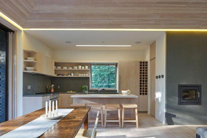 mork-ulnes-architects-design-troll-hus-5-bedroom-ski-cabin-sugar-bowl-ski-resort-06