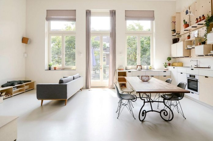 old-school-conversion-apartment-building-amsterdam-standard-studio-casa-architecten-04