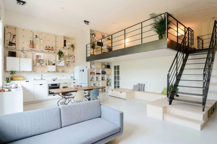 old-school-conversion-apartment-building-amsterdam-standard-studio-casa-architecten-05