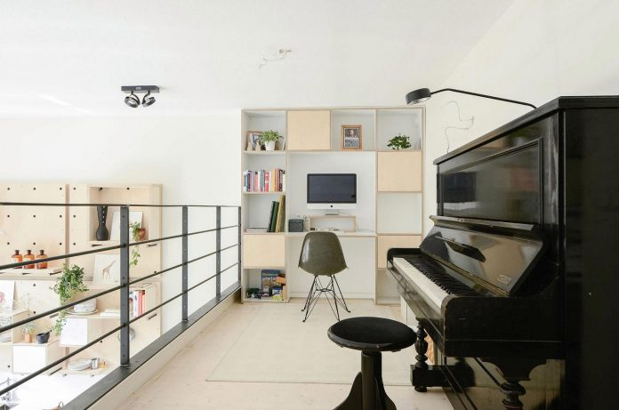 old-school-conversion-apartment-building-amsterdam-standard-studio-casa-architecten-15