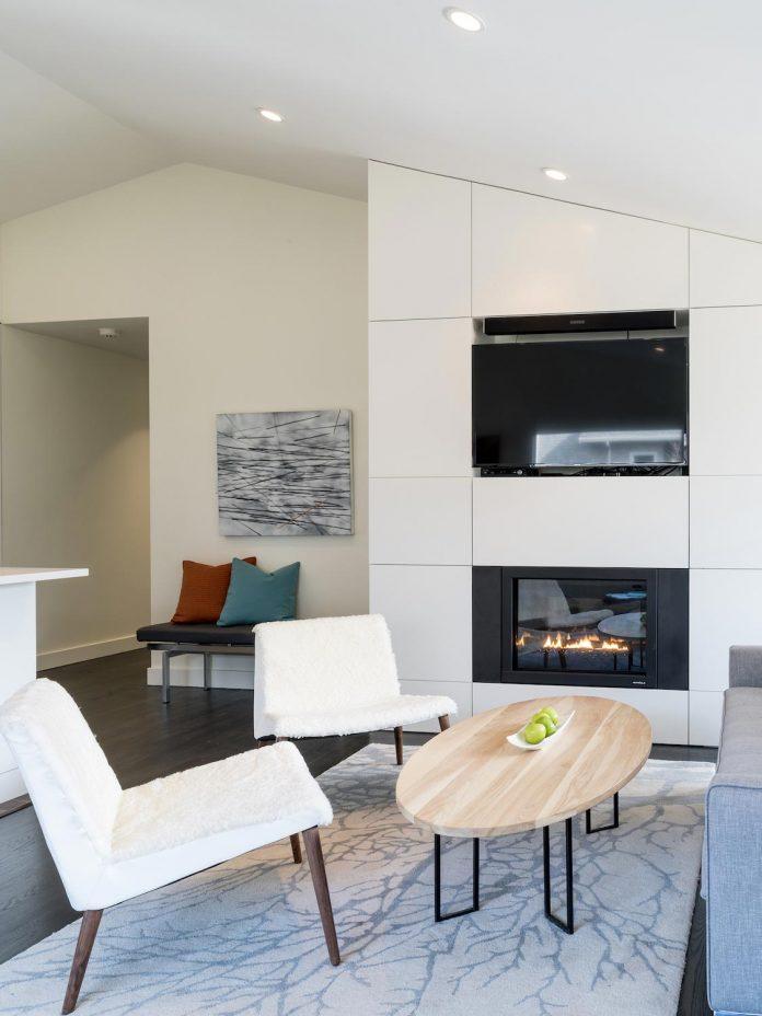 peter-braithwaite-studio-design-restore-old-bungalow-contemporary-south-end-residence-07