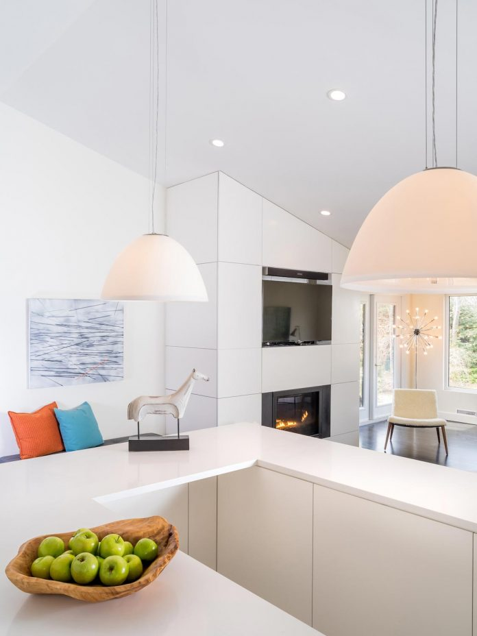 peter-braithwaite-studio-design-restore-old-bungalow-contemporary-south-end-residence-09