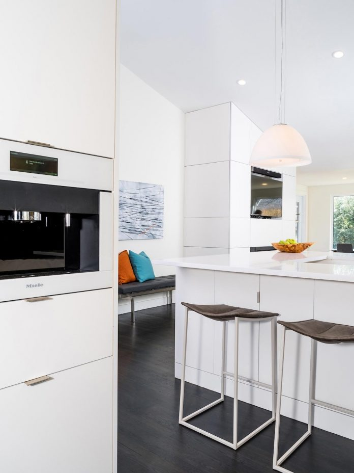 peter-braithwaite-studio-design-restore-old-bungalow-contemporary-south-end-residence-10