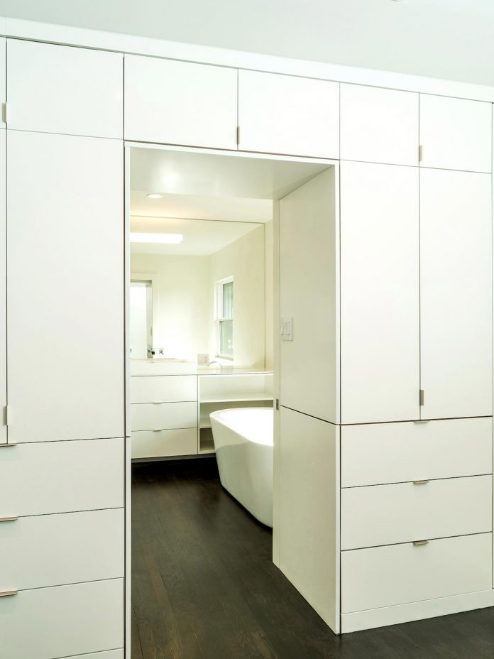 peter-braithwaite-studio-design-restore-old-bungalow-contemporary-south-end-residence-16
