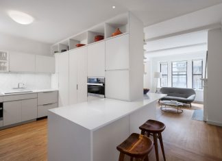 Pre-War renovation of an Upper East Side apartment by Kane A|UD