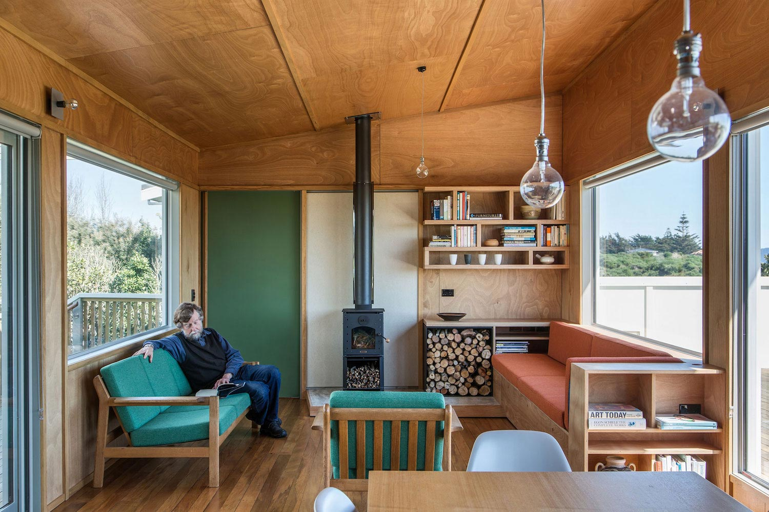 Renovation Field Way Bach House Waikanae New Zealand Designed Parsonson  Architects 07