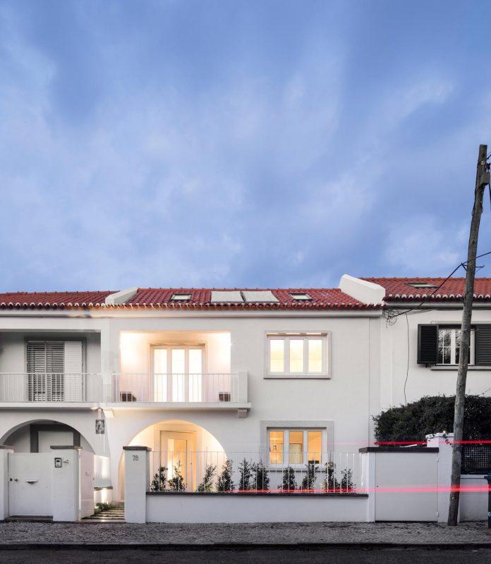 restelo-house-rear-made-series-windows-shutters-resembling-pattern-traditional-portuguese-tiles-joao-tiago-aguiar-16