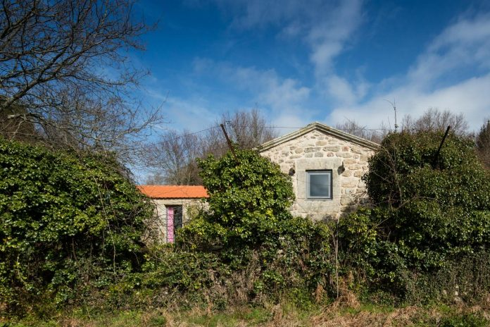 rural-tourism-paredes-de-coura-renovation-17th-century-farmhouse-escritorio-de-arquitetos-03