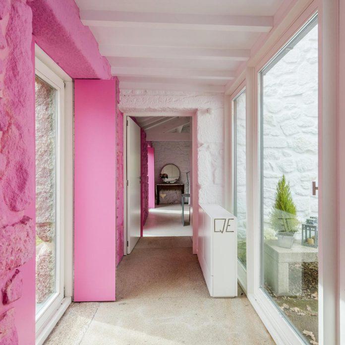 rural-tourism-paredes-de-coura-renovation-17th-century-farmhouse-escritorio-de-arquitetos-14