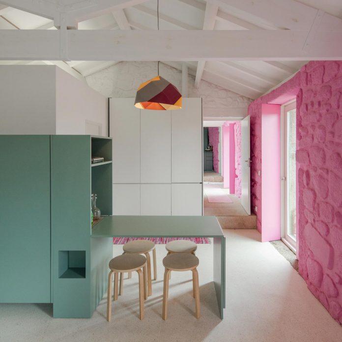 rural-tourism-paredes-de-coura-renovation-17th-century-farmhouse-escritorio-de-arquitetos-15