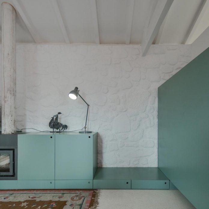 rural-tourism-paredes-de-coura-renovation-17th-century-farmhouse-escritorio-de-arquitetos-20