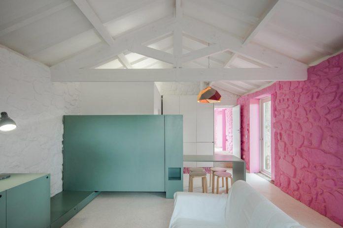 rural-tourism-paredes-de-coura-renovation-17th-century-farmhouse-escritorio-de-arquitetos-21