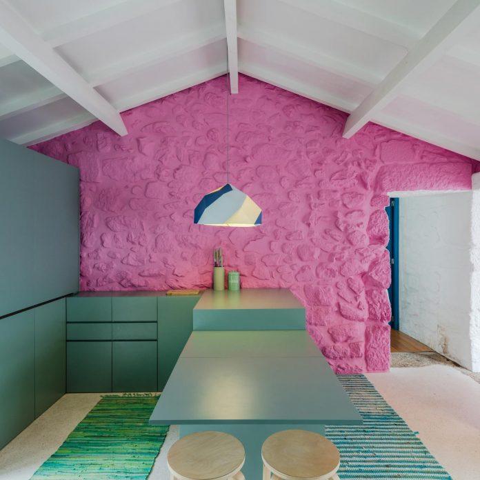 rural-tourism-paredes-de-coura-renovation-17th-century-farmhouse-escritorio-de-arquitetos-22
