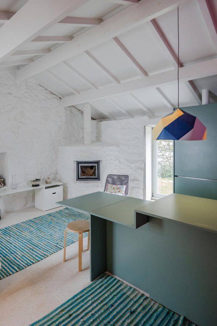rural-tourism-paredes-de-coura-renovation-17th-century-farmhouse-escritorio-de-arquitetos-23