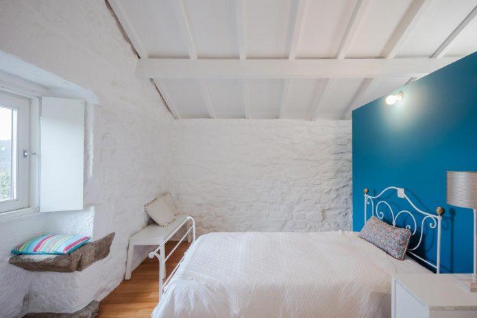 rural-tourism-paredes-de-coura-renovation-17th-century-farmhouse-escritorio-de-arquitetos-25