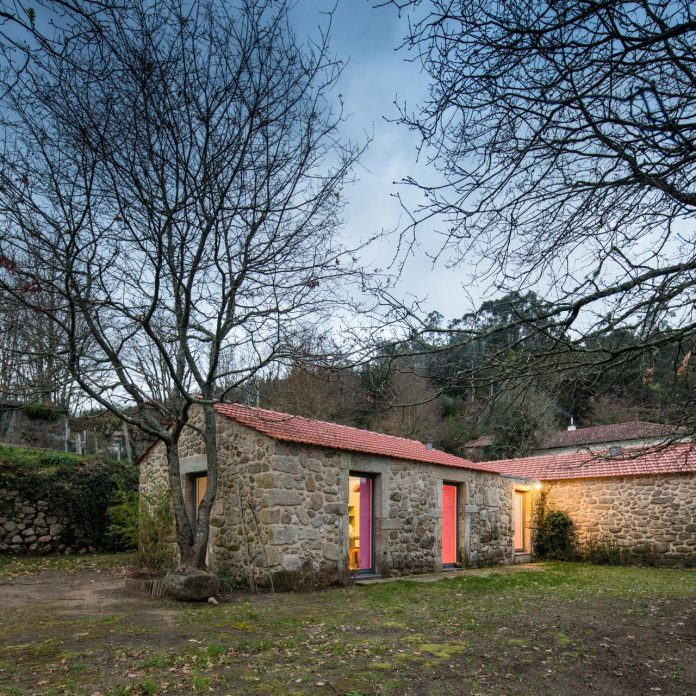 rural-tourism-paredes-de-coura-renovation-17th-century-farmhouse-escritorio-de-arquitetos-26