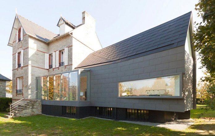 saint-cast-house-located-saint-cast-le-guildo-france-designed-feld-architecture-02