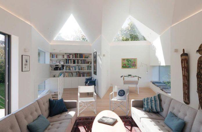 saint-cast-house-located-saint-cast-le-guildo-france-designed-feld-architecture-09