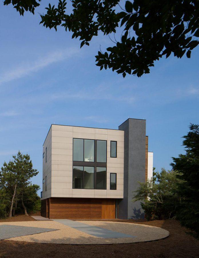 sea-del-house-oceanfront-deck-bethany-beach-designed-robert-m-gurney-01