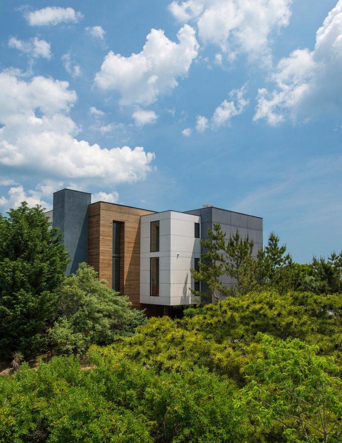 sea-del-house-oceanfront-deck-bethany-beach-designed-robert-m-gurney-02