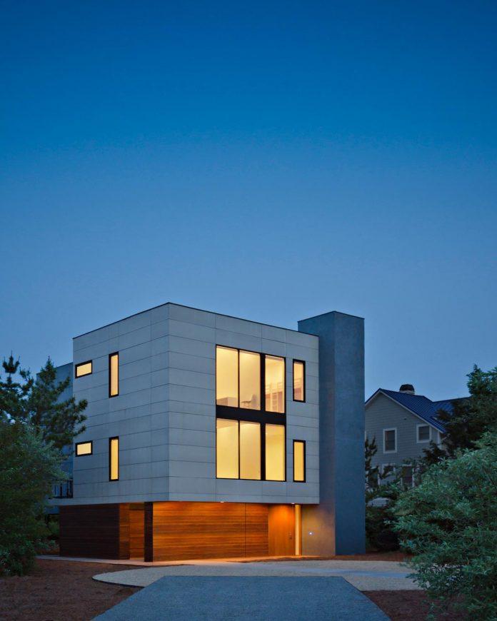 sea-del-house-oceanfront-deck-bethany-beach-designed-robert-m-gurney-05