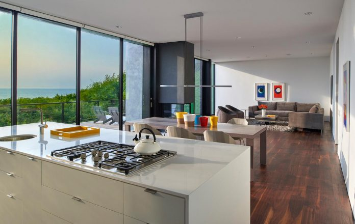 sea-del-house-oceanfront-deck-bethany-beach-designed-robert-m-gurney-06