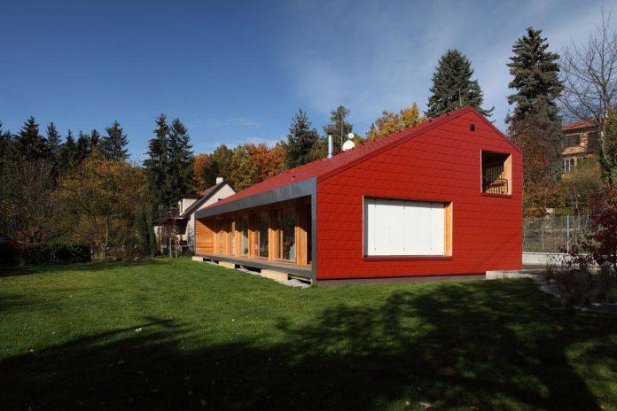 single-family-wooden-home-ladvi-prodesi-02