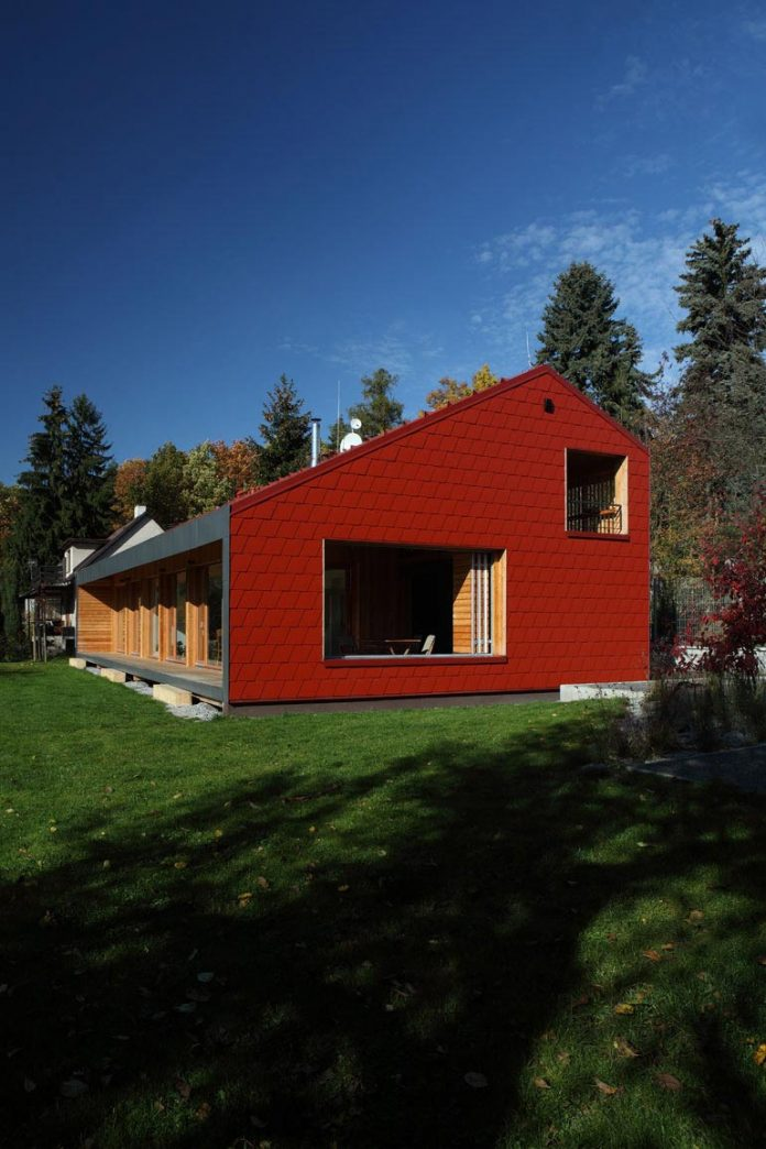 single-family-wooden-home-ladvi-prodesi-03