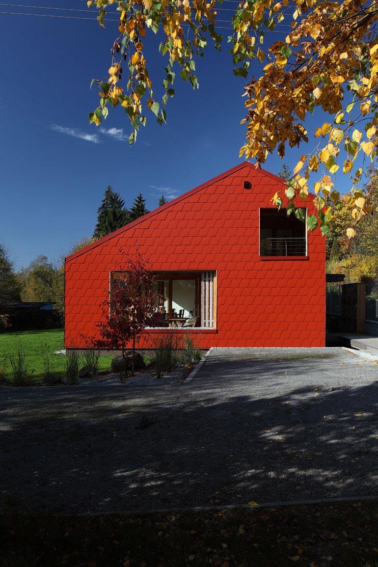 Single-Family Wooden Home Ládví by Prodesi