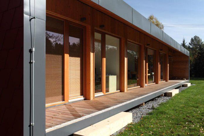 single-family-wooden-home-ladvi-prodesi-07