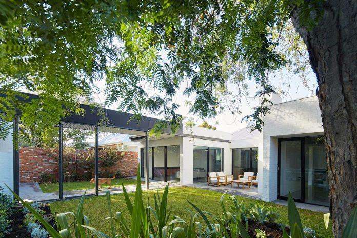 single-level-claremont-residence-david-barr-architect-01