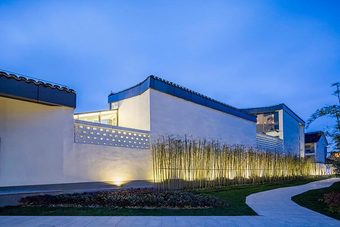 studio-qi-design-nine-house-boutique-hotel-gallery-nestled-within-well-preserved-water-town-xitang-02