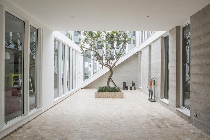 three-levels-band-house-san-isidro-lima-designed-cynthia-seinfield-02