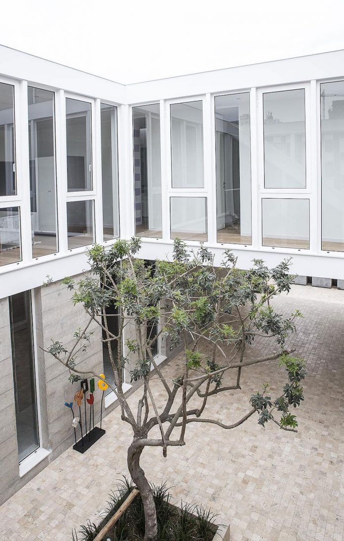 three-levels-band-house-san-isidro-lima-designed-cynthia-seinfield-07