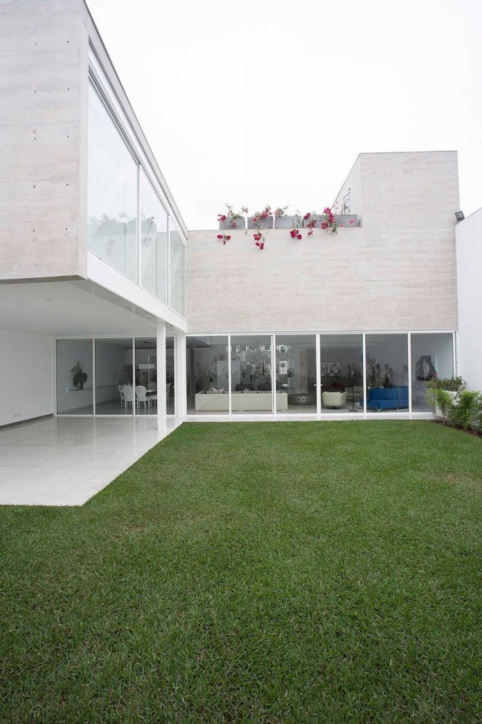 three-levels-band-house-san-isidro-lima-designed-cynthia-seinfield-09