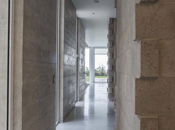 three-levels-band-house-san-isidro-lima-designed-cynthia-seinfield-13