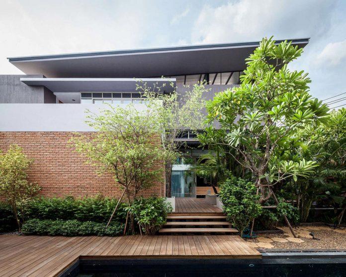 two-houses-nichada-bangkok-designed-alkhemist-architects-01