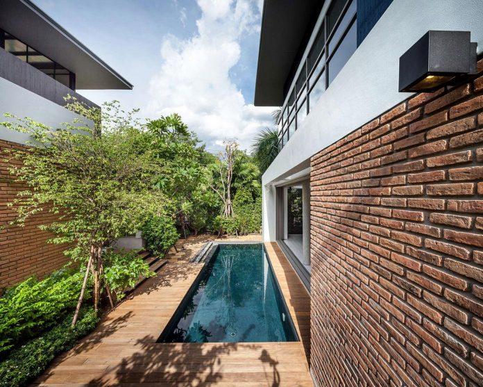 two-houses-nichada-bangkok-designed-alkhemist-architects-03