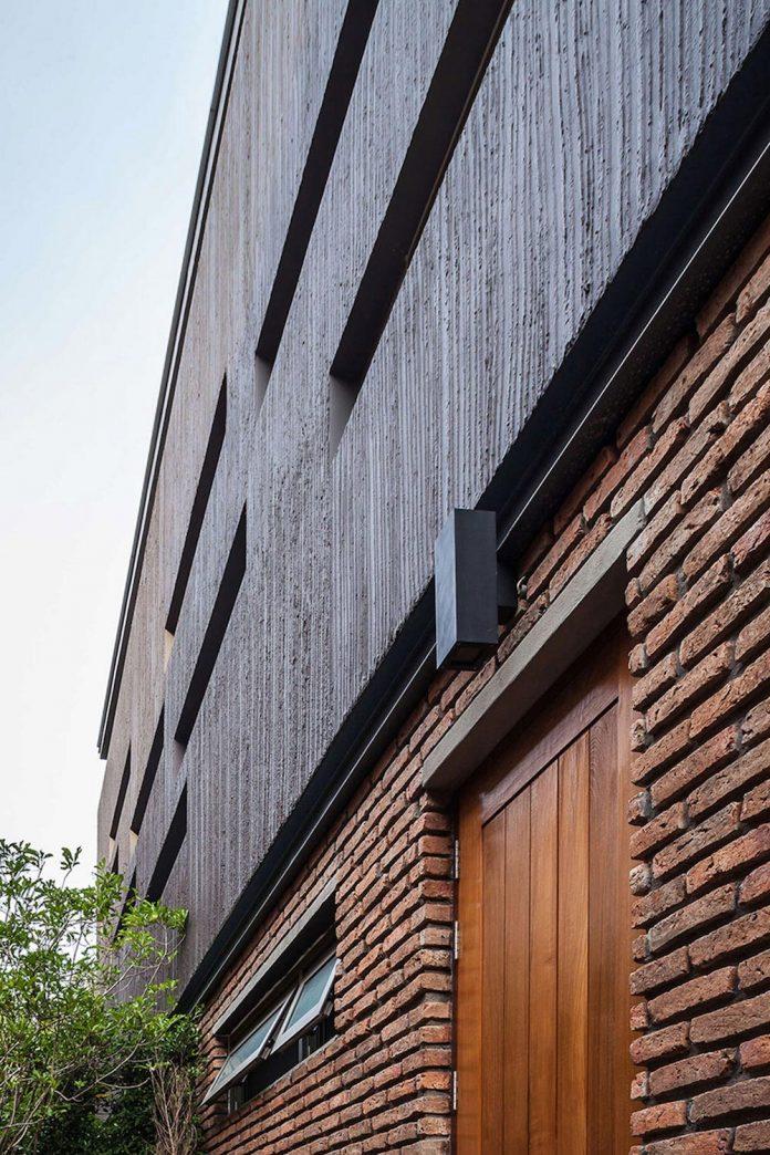 two-houses-nichada-bangkok-designed-alkhemist-architects-07