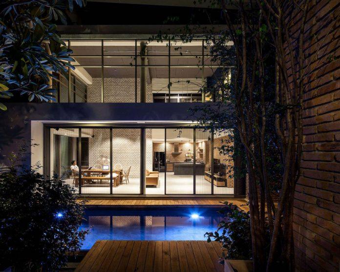 two-houses-nichada-bangkok-designed-alkhemist-architects-16