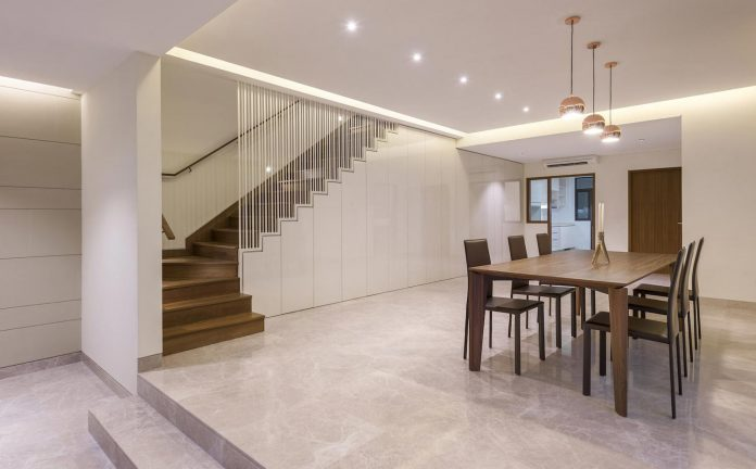 two-story-house-screens-singapore-adx-architects-05