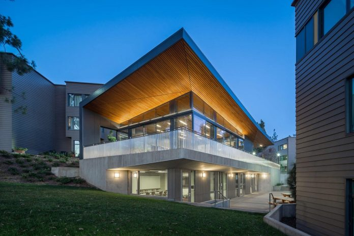 ucla-hitch-student-residences-designed-steinberg-08