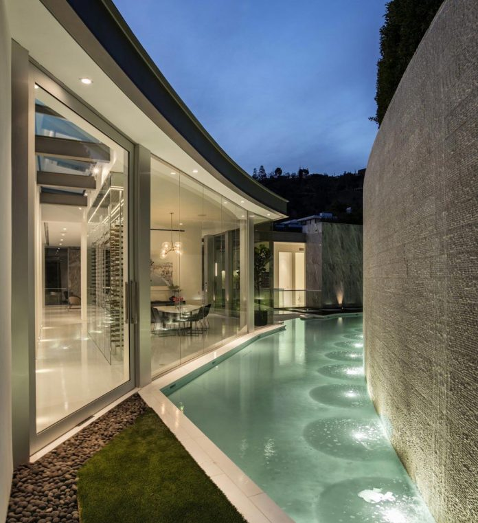 ultramodern-luxury-doheny-residence-with-killer-views-over-los-angeles-mcclean-design-05