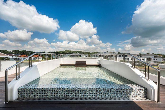 ultramodern-mistral-villa-singapore-designed-mercurio-design-lab-05