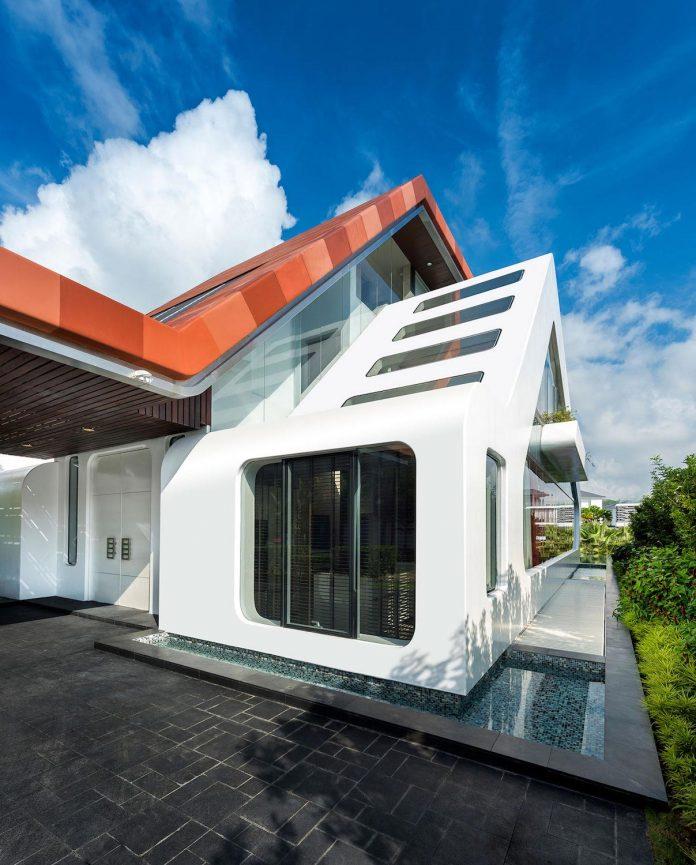 ultramodern mistral villa singapore designed mercurio design lab Ultramodern Mistral Villa in