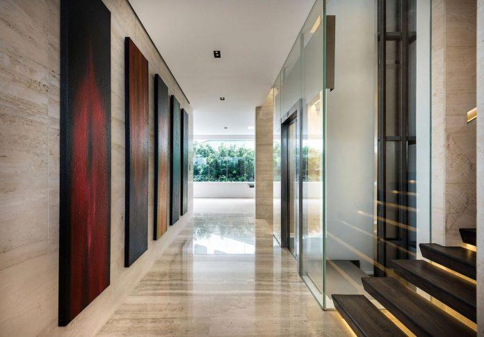 ultramodern-mistral-villa-singapore-designed-mercurio-design-lab-20
