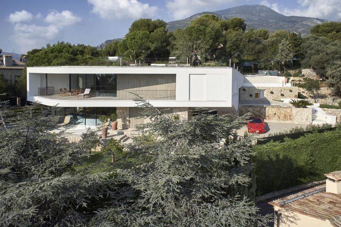 villa-la-madone-southern-france-2cm-ceschia-e-mentil-architetti-associati-03